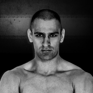 Salar Gholami Signs with Liveco Boxing